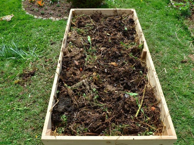 Садовый компост на даче своими руками