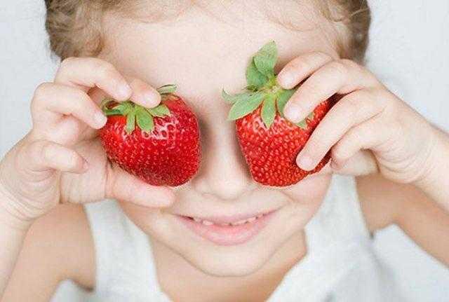Когда и с какого возраста детям можно давать клубнику