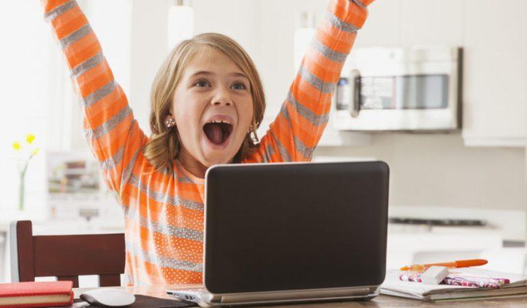 Почему девочкам нельзя запрещать играть на компьютере
