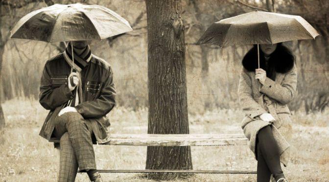 Почему люди не расстаются в несчастливых отношениях