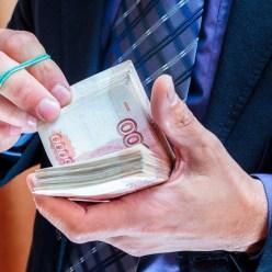 Как вычислить богатого мужчину по рукам