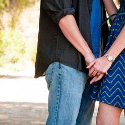Как уберечь подростков от раннего секса