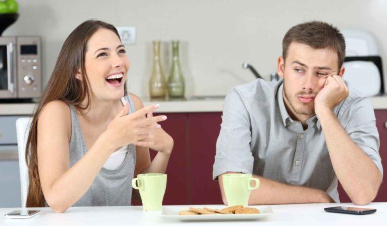 Психологи сравнили чувство юмора мужчин и женщин