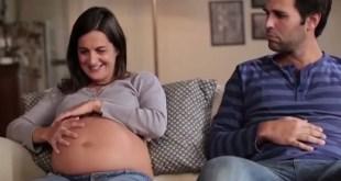 VIDEO: Je to úžasné, keď aj otecko môže cítiť pohyby bábätka!