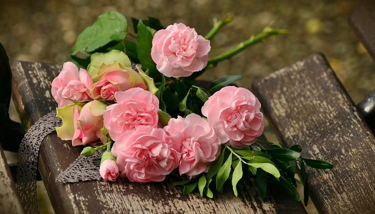 Заговор на любовь на цветы