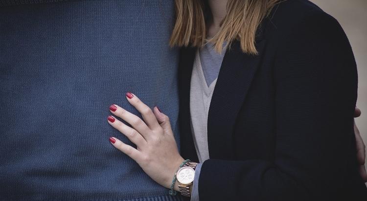 Заговор на красивые ногти: читать в домашних условиях