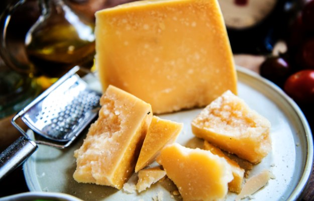 Full-Fat Dairy Products   Foods to Avoid for a Flat Stomach  best way to get rid of belly fat