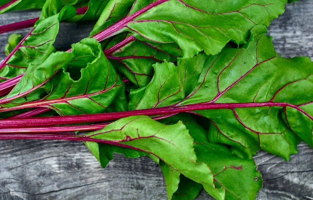Beet Greens | Supergreens Need To Be A Part of Your Diet. Here's Why (And How)
