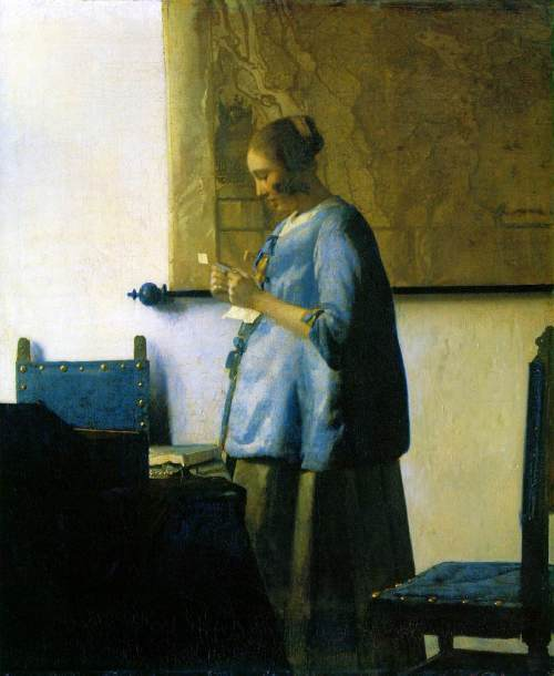 woman_in_blue