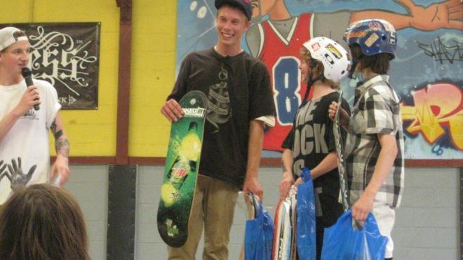 TIPtechnologySkateboard_MtDewSkateTour_England