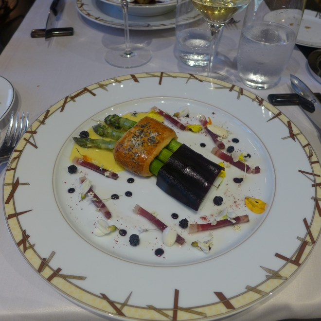 Green Asparagus Baked in a Spring Brioche, Mousseline Sauce with Almond Oil, Blueberry Jelly and Iberico Ham.
