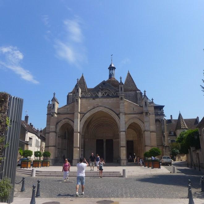 Collégiale Notre-Dame de Beaune.