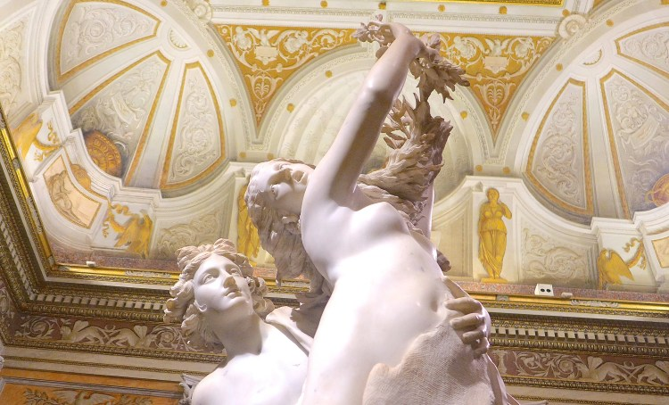 Bernini sculpture Apollo and Daphne, Galleria Borghese, ROme.