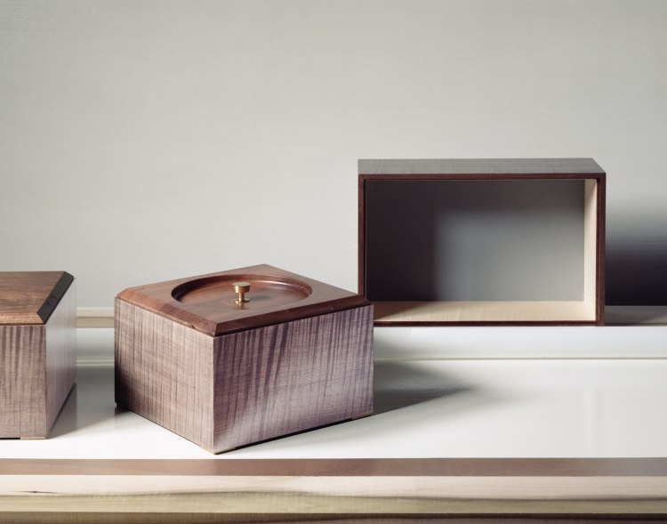 Vanina Vanini Boxes. Taupe stained sycamore veneer on the outside, walnut, off-white stained sycamore veneer on the inside, solid walnut lid, brass knob and feet.