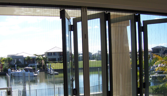 retractable fly screens for bifold