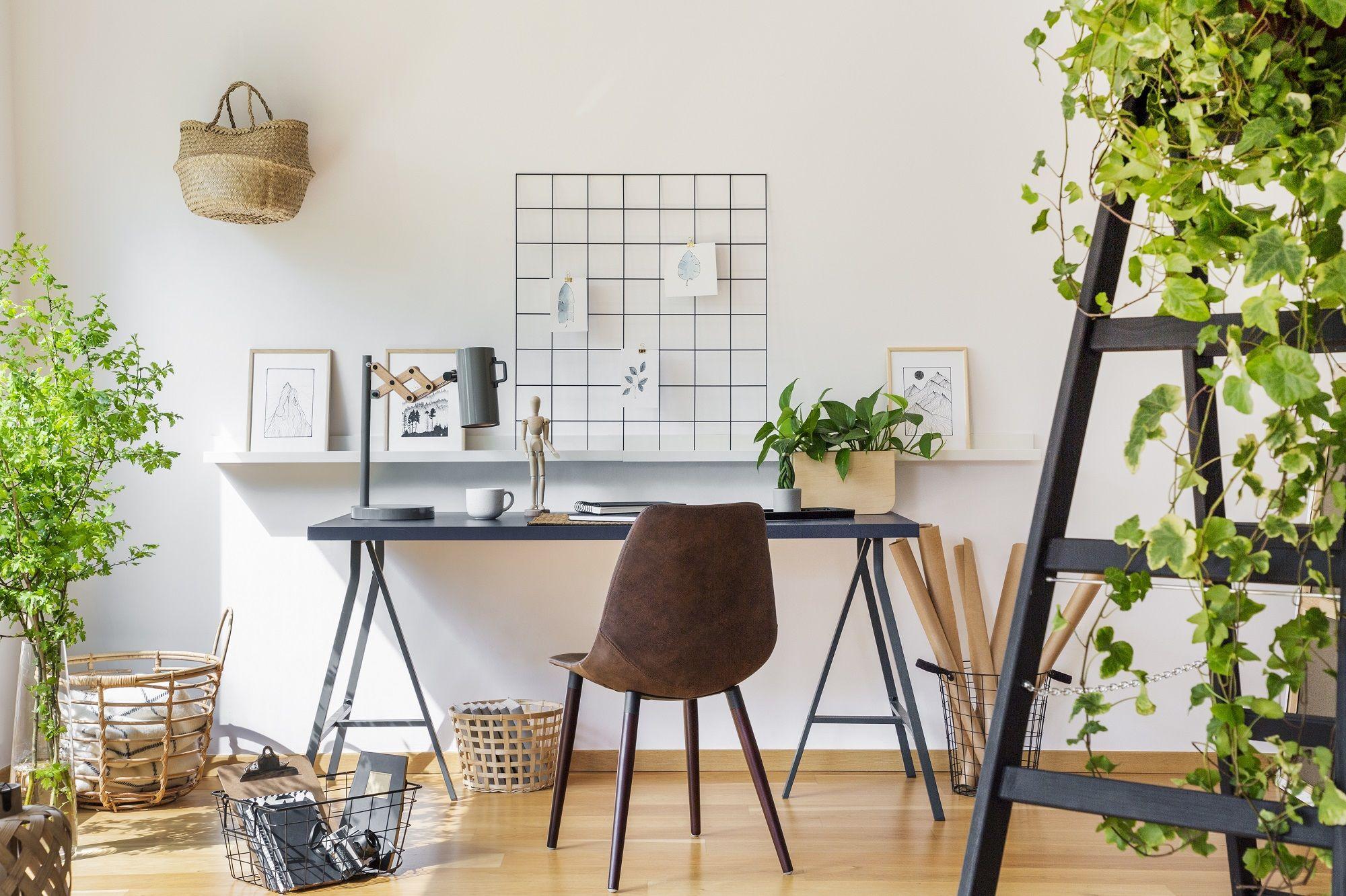 https www habitatpresto com mag renovation bureau idees coins bureaux a amenager dans le salon ou la chambre