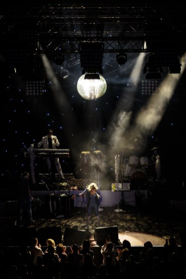 January 21, 2017 - Neckarsulm, Germany. ABBA fever at Oldie Night in Audi Forum, Neckarsulm. (Credit Image; vstudio.photos)