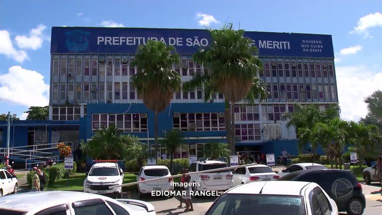Sem salários, servidores de São João de Meriti vivem situação ...
