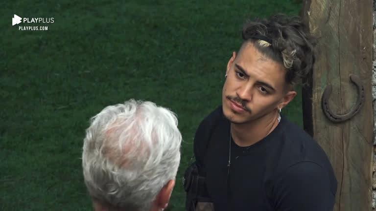 Biel e Mateus resolvem conversar sobre os últimos atritos - A Fazenda 12 -  A Fazenda 12 - R7 24 horas