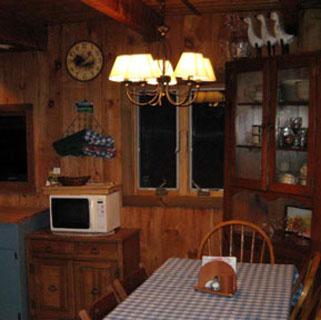 Full sized kitchen 2