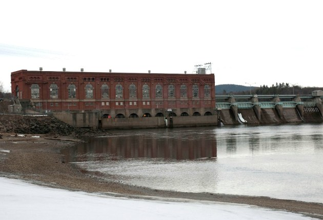 Hydro relicensing moving ahead, says dams' new owner