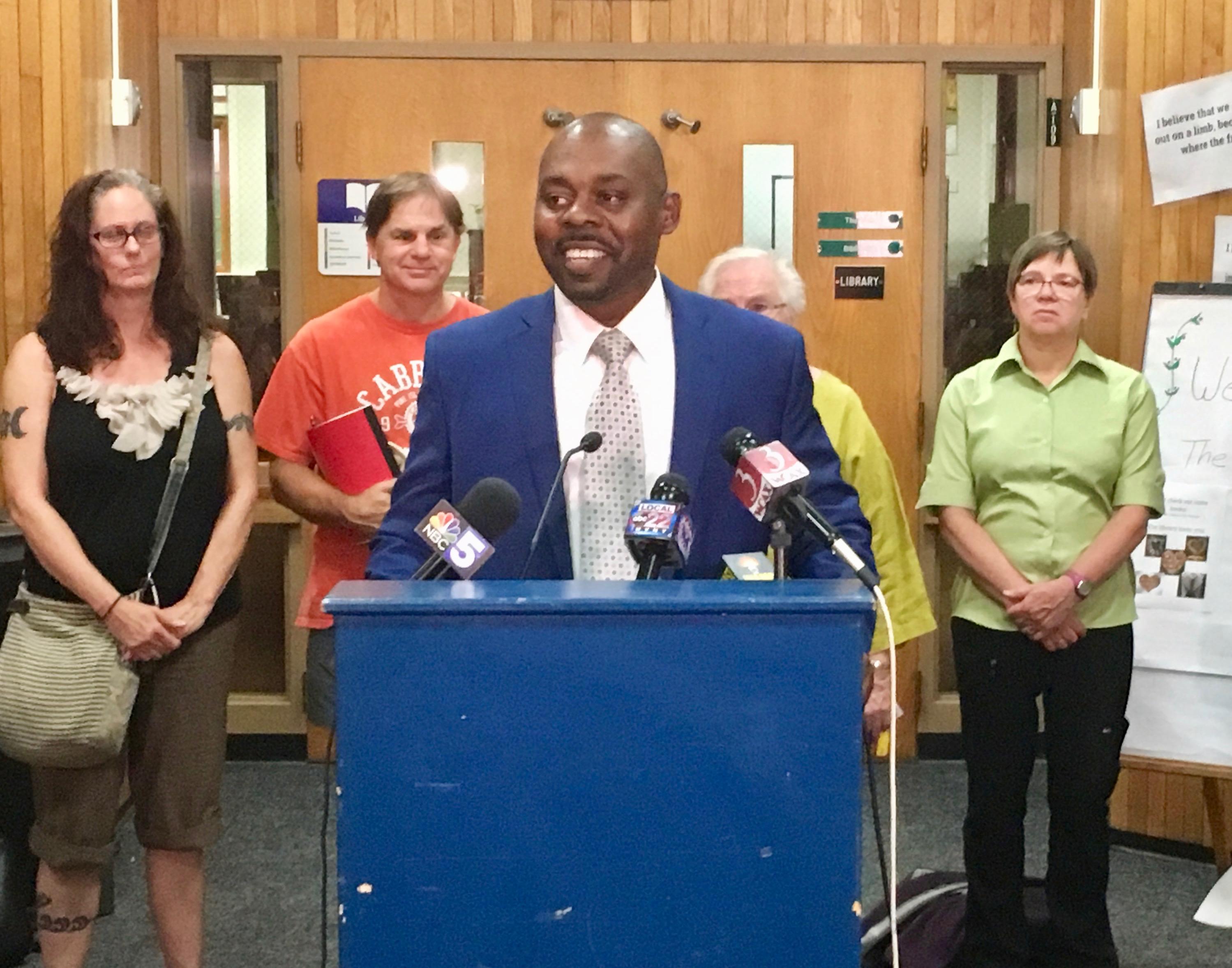 Burlington Teachers And Board Reach Agreement, Strike Ends