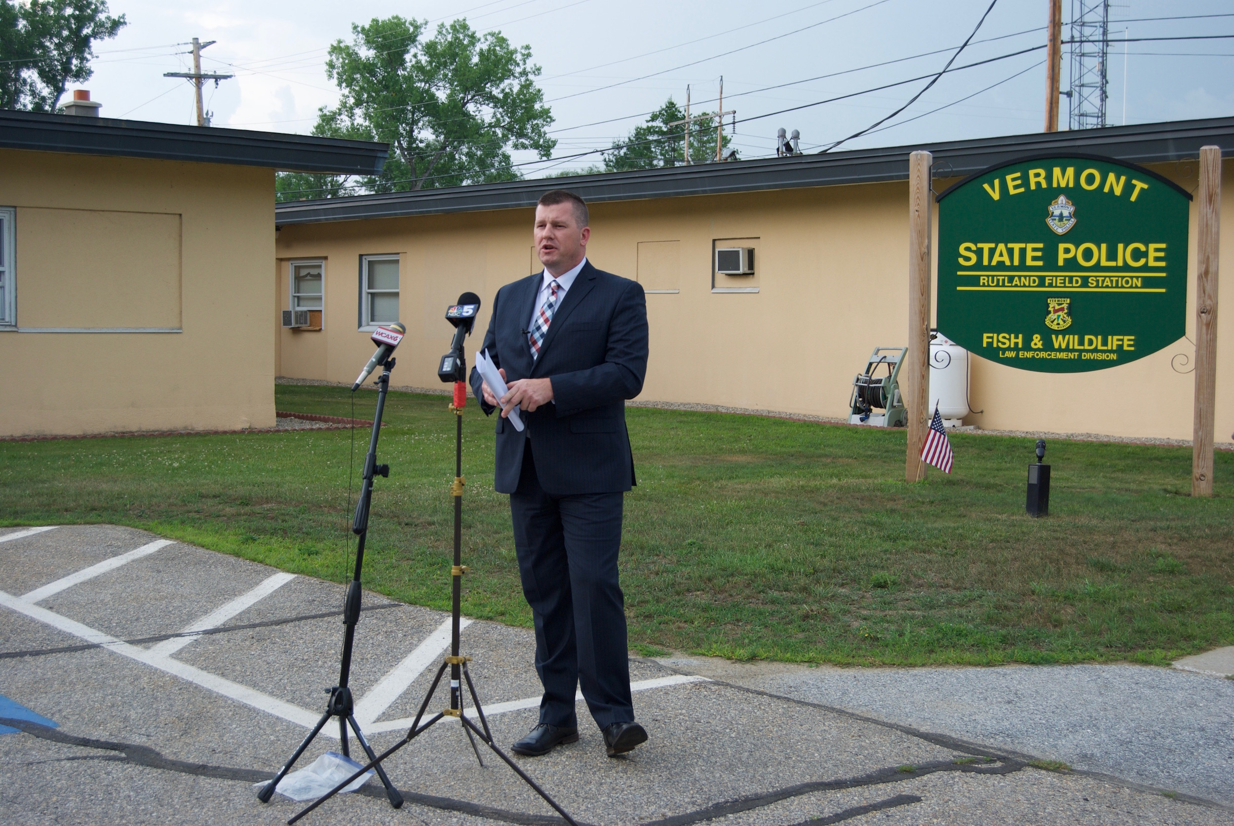 Major Dan Trudeau briefs the media on the Vermont State Police investigation into an officer-involved shooting in Rutland City early Wednesday. Photo by Emma Cotton/VTDigger