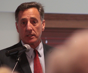 Governor Peter Shumlin spoke about H. 413 to residents of The Lodge and The Shores at Shelburne Bay. VTD Photo/Taylor Dobbs