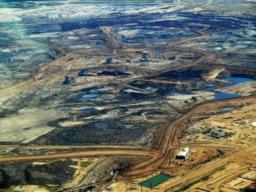 The Alberta Tar Sands. Creative Commons photo by howlmontreal via flickr
