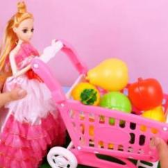 Barbie Kitchen Playset Cost Of Countertops 12 芭比公主的厨房玩具和水果大餐 芭比厨房玩具