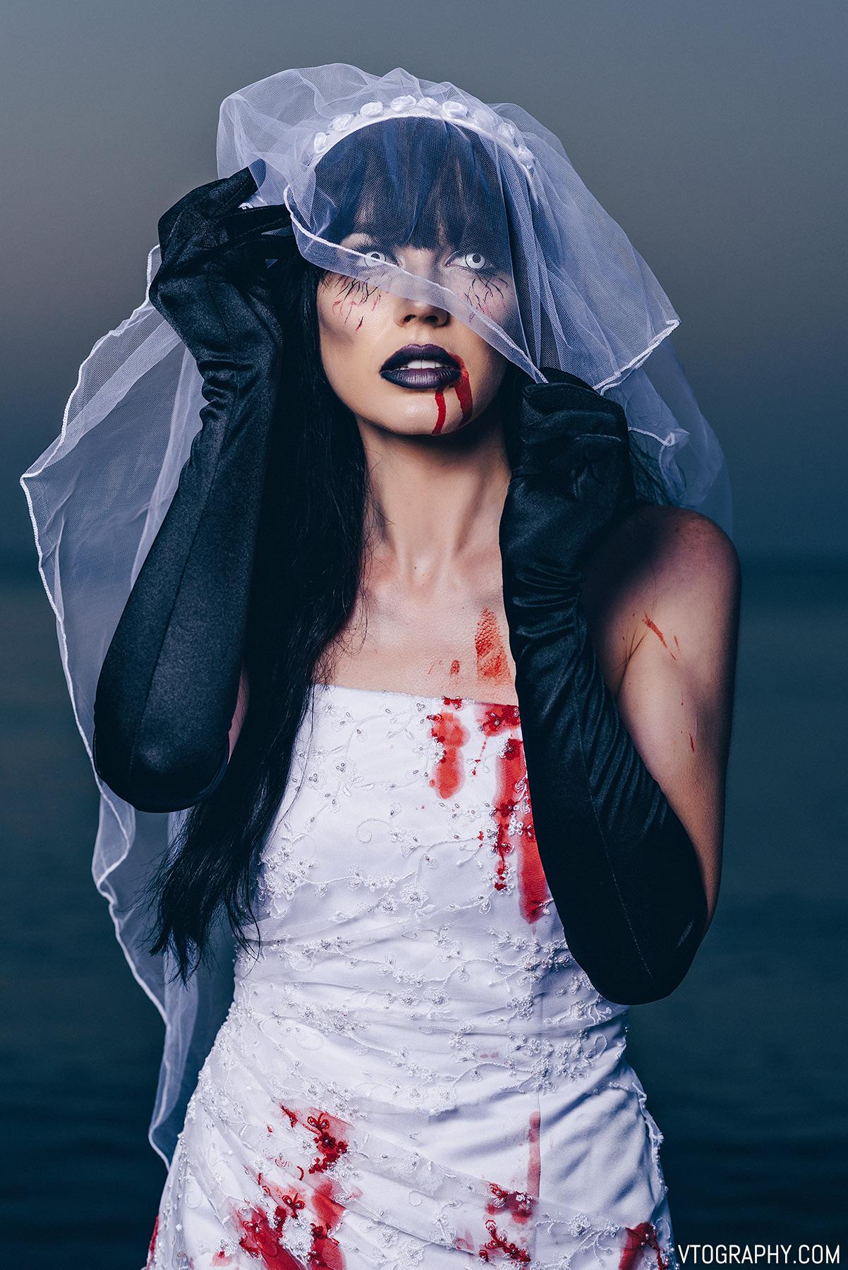 Zombie bride Halloween photo shoot