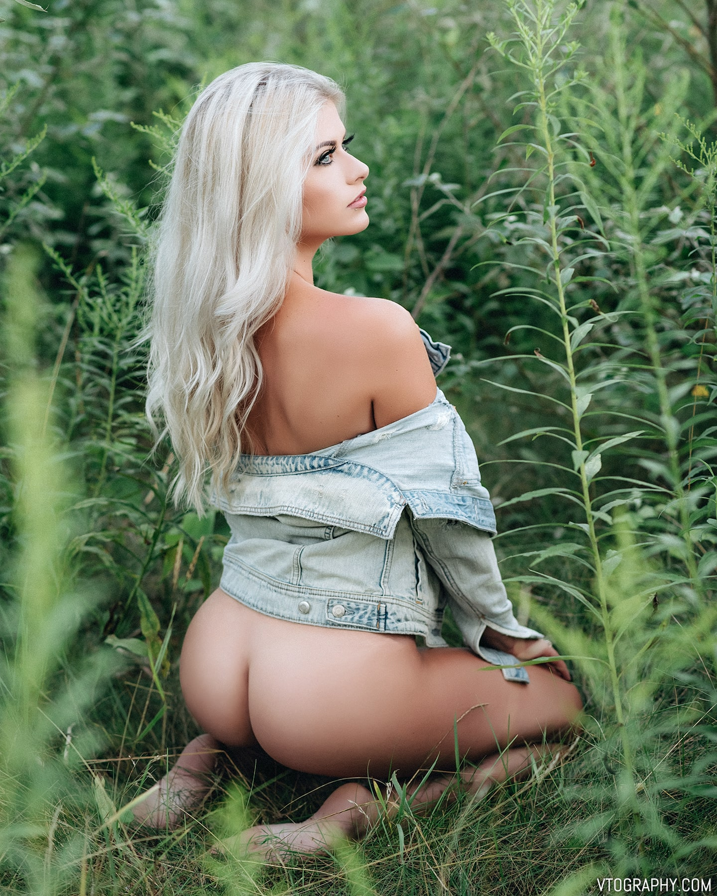 Nude Sami in a denim jacket