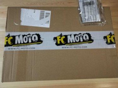 FC-MOTOでバイク用品を買ってみた 初めての個人輸入、海外通販,FC-MOTOの送料は?