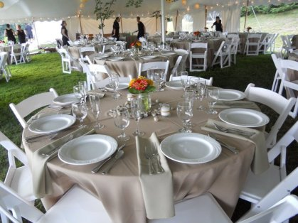Rentals-Plus-Table-Setting