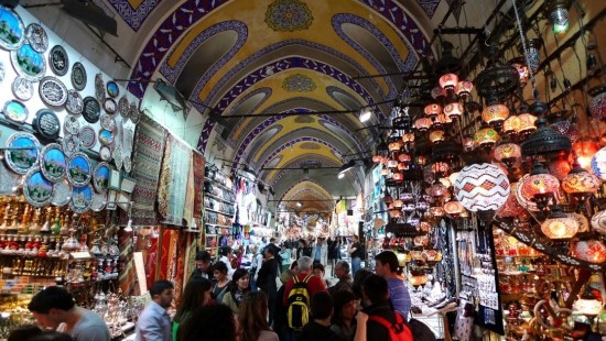 Chợ cổ Grand Bazaar ở Istanbul
