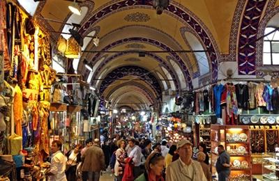 chợ grand bazaar luôn đông người