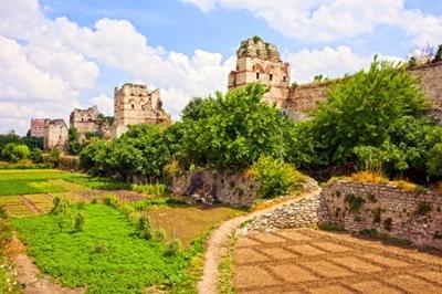 Tường thành Constantinople