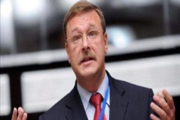 Senador de Rusia, Konstantín Kosachov