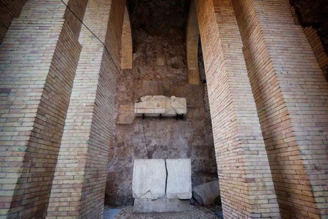 """Lăng mộ hoàng đế Rome đầu tiên được """"hồi sinh"""" - Ảnh 3."""