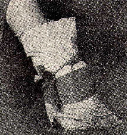 detail chinese foot binding