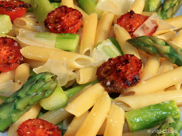 Penne con Spargel