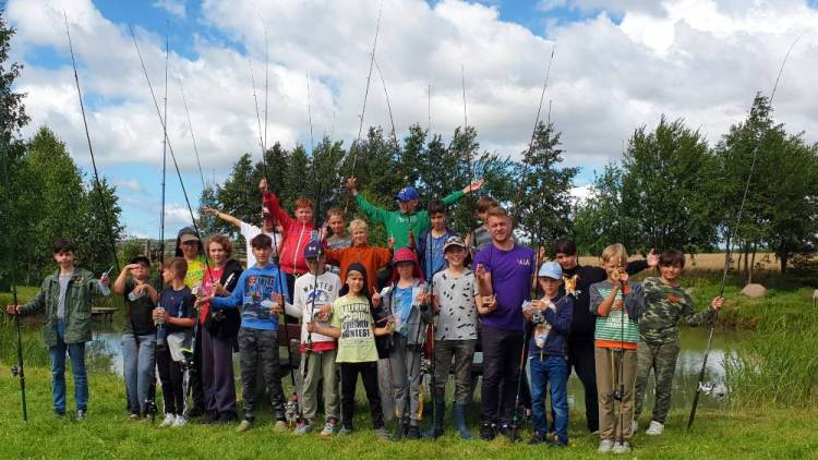 Dalinamės žvejybos stovyklų akimirkomis