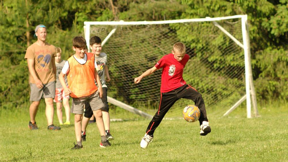 """Vaikų sporto stovykla """"Sportyn"""""""