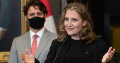 Freeland replaces Morneau as Trudeau's finance minister