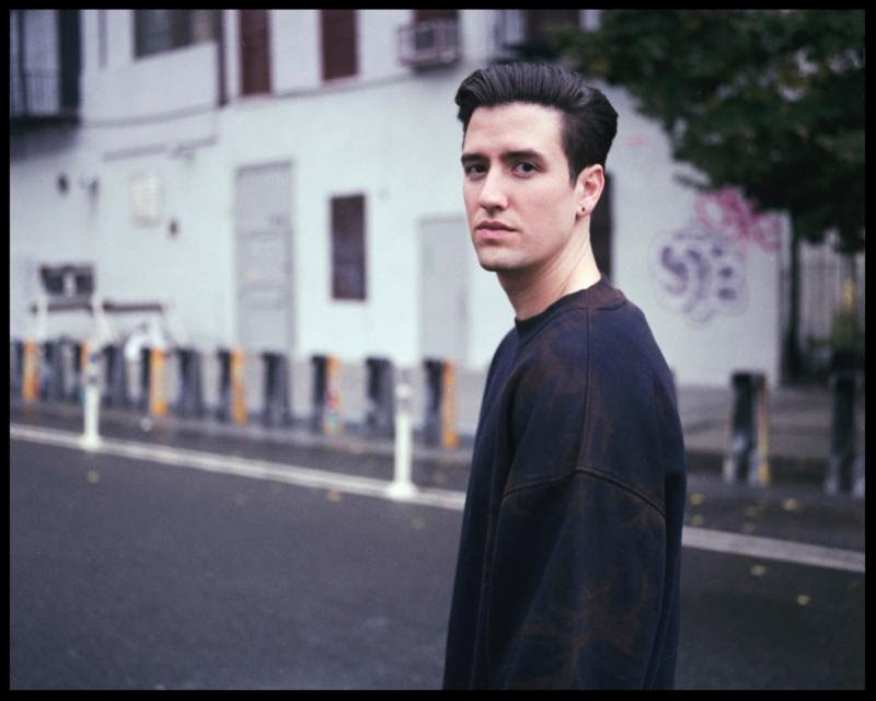 Logan Henderson Releases 'Acoustic Sessions' EP ...
