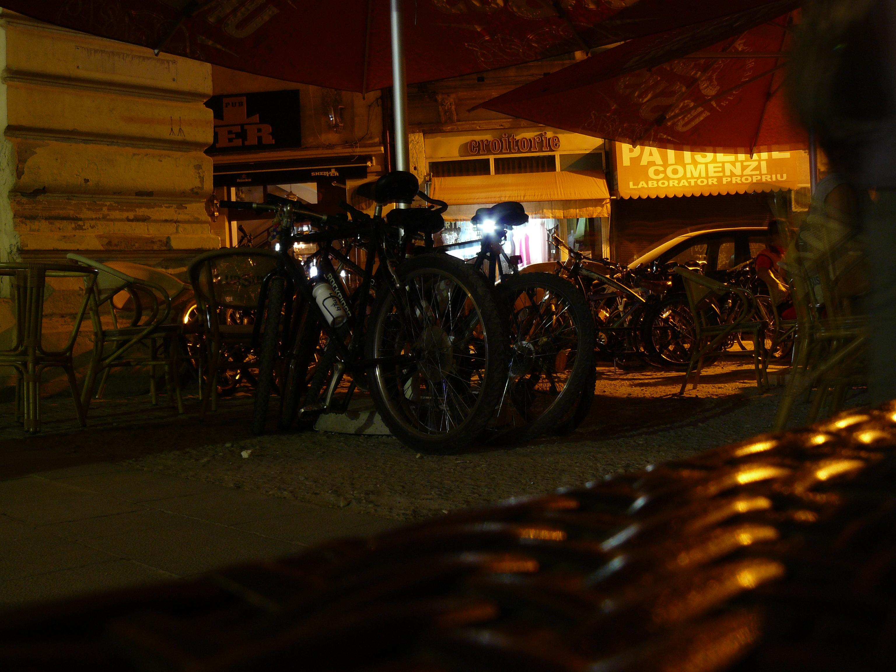 Ciclopromenada nocturna 2 - bicle la odihna