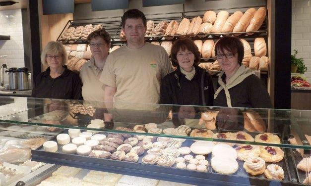 Neueröffnung bei Bäckerei Bahn in Zollenspieker