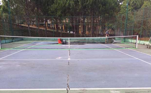 Một Số Vấn Đề Các Sân Tennis Thường Gặp