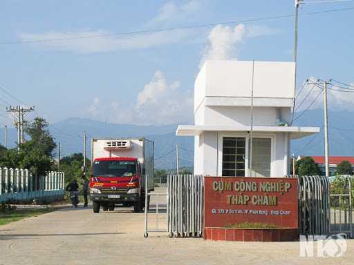 Thi Công Đánh Bóng Mài Sàn Bê Tông Nền Nhà Xưởng Tại Ninh Thuận