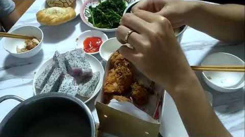hướng dẫn luộc khoai lang - Hướng dẫn ăn món ăn có thịt luộc và cá kho kèm theo món rau khoai lang